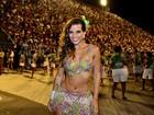 Mais magra, Renata Santos quer fantasia pequeninha no carnaval
