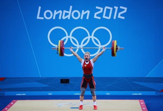 A ucraniana Yuliya Kalina, do levantamento de peso, conquistou o bronze em Londres 2012 (Foto: Getty Images)