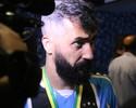 Sem cláusula de renovação, Grêmio recebe proposta para manter Douglas