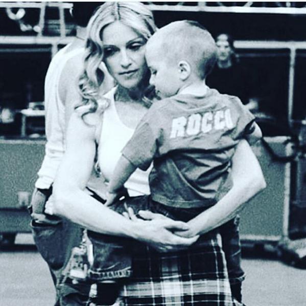 Madonna e o filho, Rocco (Foto: Reprodução/Instagram)