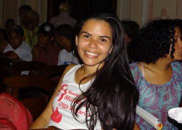 Estudante Anatália Silva disse que quer estar engajada no assunto (Foto: Luna Markman/G1)