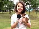 Que fofura! Klara Castanho não quer desgrudar do cãozinho da personagem