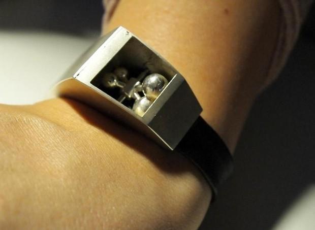 The fibo: o dispositivo que permite aos pais sentir os movimentos do bebê  (Foto: Divulgação)