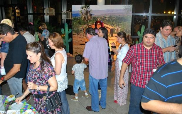 Evento reuniu convidados de agências publicitárias (Foto: Katiúscia Monteiro/ G1 AM)
