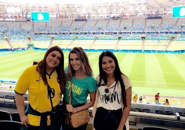 Preta Gil, Deborah Secco e Thaynara  (Foto: Reprodução/Instagram)