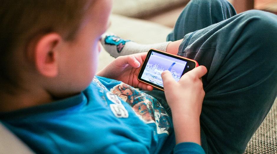 smartphone, crianças, games, jogos (Foto: Picjumbo)