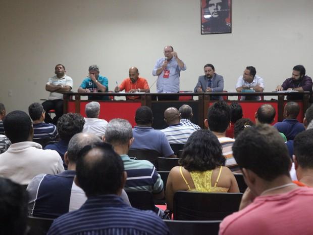 Presidente do Sinpol-MA disse que governo não apresentou propostas a categoria (Foto: Flora Dolores/O Estado)