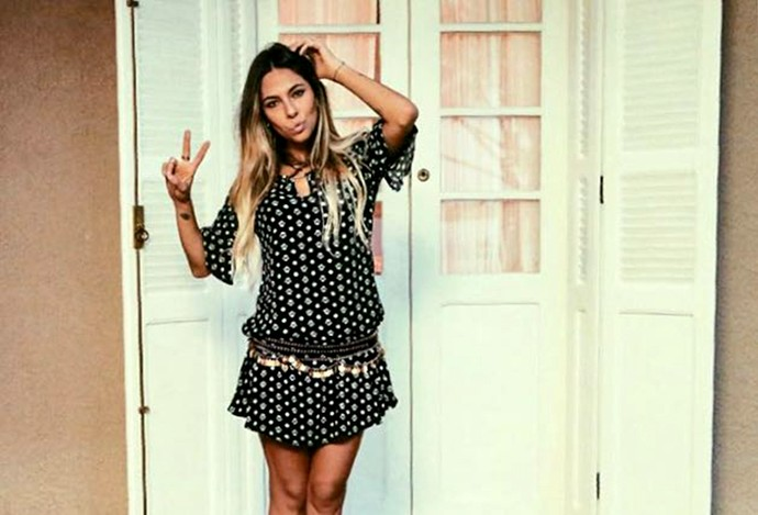 A blogueira Karina Milanesi aposta nos cintos para dar um up do look (Foto: Arquivo Pessoal)