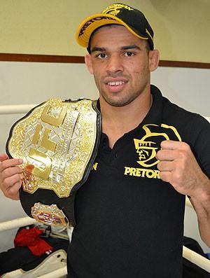 Renan Barão, UFC, MMA (Foto: Leonardo Heitor)