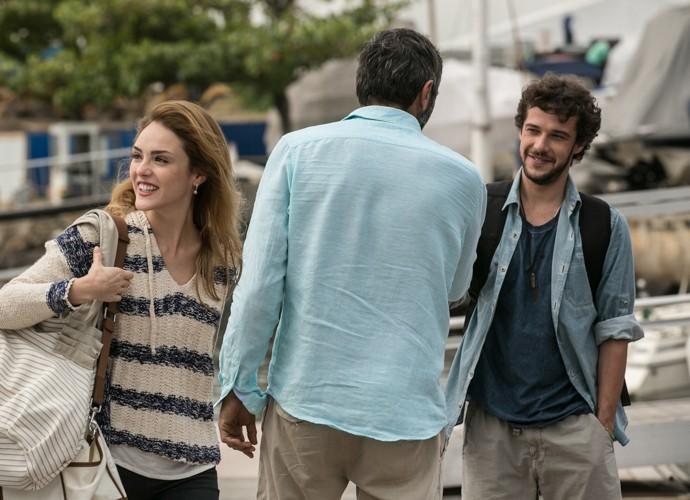 Júlia e Pedro surpreendem todos ao chegarem no último segundo!  (Foto: Inácio Moraes / Gshow)