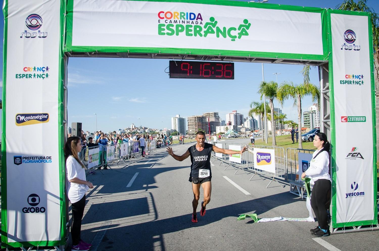 Geilson Clementino foi o vencedor entre os homens (Foto: Marcelo Eduardo Braga/Divulgação)