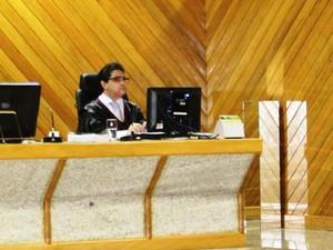 Desembargador Carlos Tork foi o responsável pela sentença (Foto: Dyepeson Martins/G1)