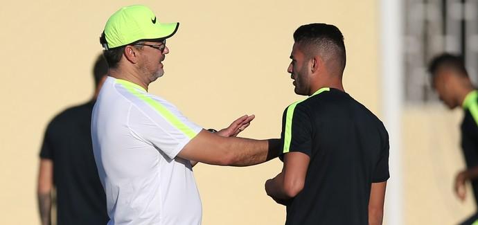 Rogério Micale e Thiago Maia em treino da seleção olímpica do Brasil (Foto: Lucas Figueiredo/MoWA Press)