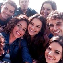 Elenco mostra diversão e muitas 'selfies' nas gravações (Arquivo Pessoal)