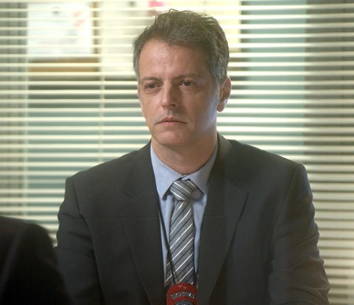 Delegado colhe depoimento de Ciro sobre o atentado de Fausto (Foto: TV Globo)