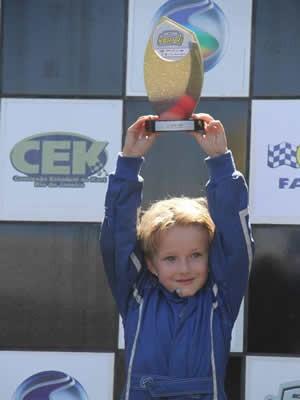 Pedro Capparelli venceu pela categoria Mirim a 1ª etapa do Campeonato Estadual RJ de Kart 2014 (Foto: Luiz Pinheiro)