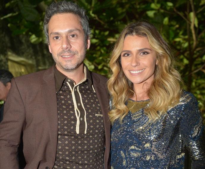 Alexandre Nero e Giovanna Antonelli durante festa de lançamento de 'A Regra do Jogo' (Foto: Globo / João Miguel Jr)