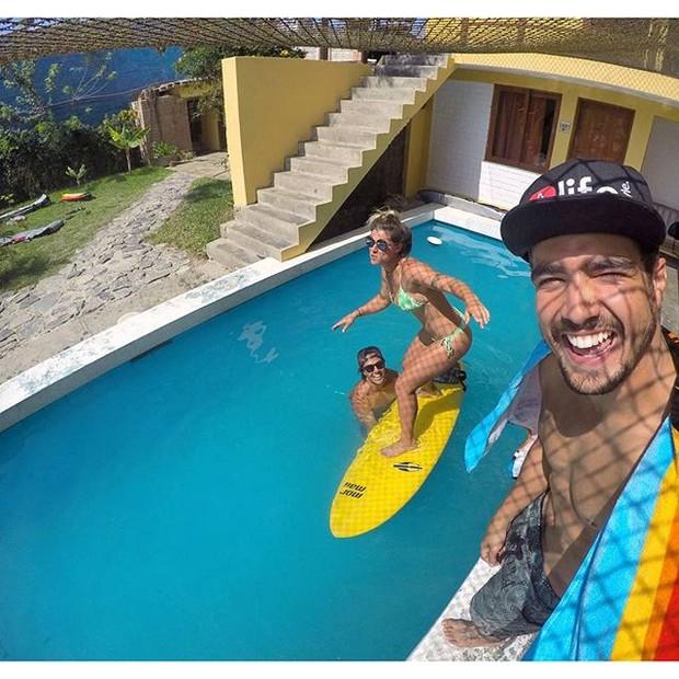 Caio Castro e Angela Sousa (Foto: Instagram / Reprodução)