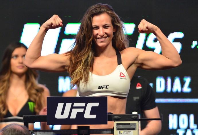 Miesha Tate pesagem UFC 196 (Foto: Jason Silva)