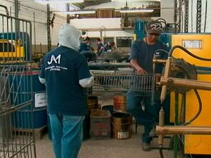 Setores indústriais se preocupam com a quantidade de contratação e demissão no Alto Tietê (Foto: Reprodução/TV Diário)