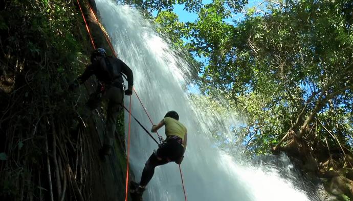 Cachoeira o céuzinho (Foto: TV Morena)