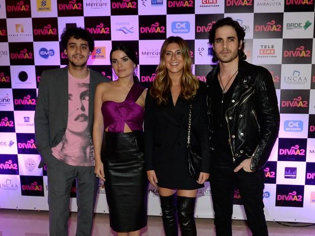 George Sauma, Vanessa Giácomo, Fernanda Paes Leme e Fiuk em pré-estreia de filme em São Paulo (Foto: Francisco Cepeda/ Ag. News)