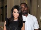 Kanye West assistia ao vídeo de sexo de Kim Kardashian com o ex, diz site