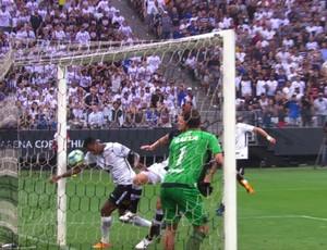 Gol de braço, Jô, Corinthians x Vasco
