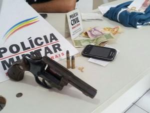revolver patos de minas (Foto: PM/Divulgação)