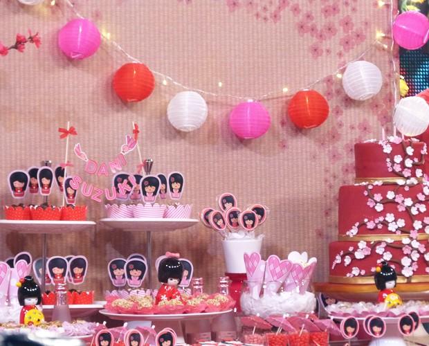 Detalhes orientais dominam a decoração do aniversário da Dani Suzuki (Foto: Esquenta! / TV Globo)