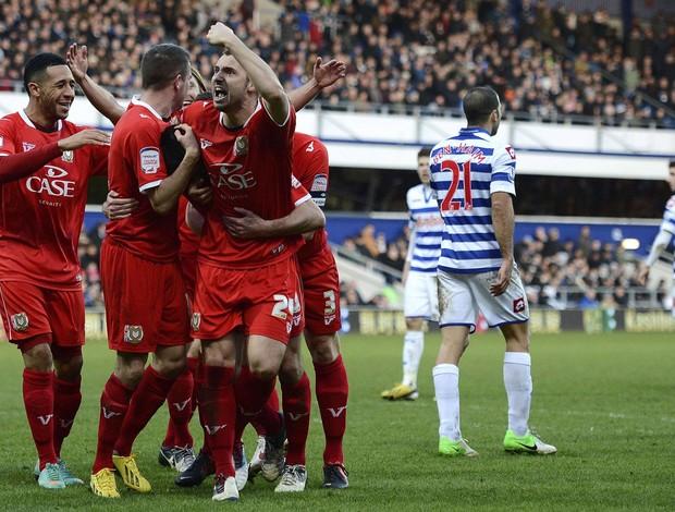 Darren Potter MK Don gol Queens Park Rangers (Foto: Agência Reuters)