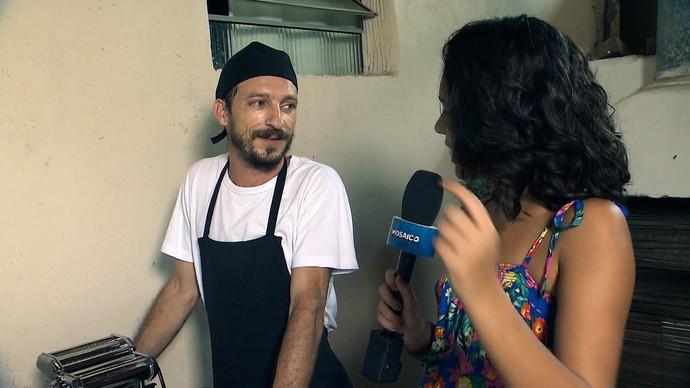Quem ensina a receita é o chef Francesco D'Apce (Foto: TV Bahia)