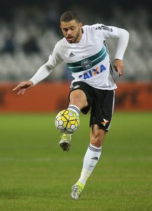 Edinho Coritiba (Foto: Giuliano Gomes/PR PRESS)