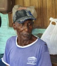 Benedito Flexa Tavares, 79, é o morador mais antigo da comunidade de Tapereira (Foto: Gabriel Penha/G1)