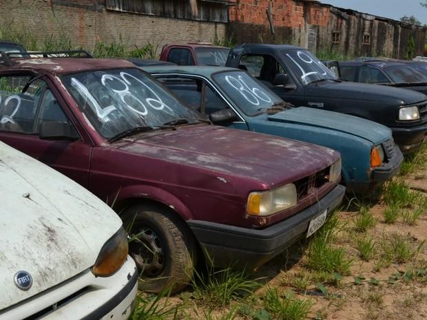 Veículos apreendidos pelo Detran são leiloados em Rio Branco