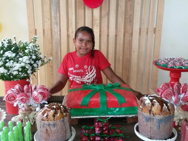 Menina pediu festa para as crianças do Coral Pequenos Cantores (Foto: Divulgação)
