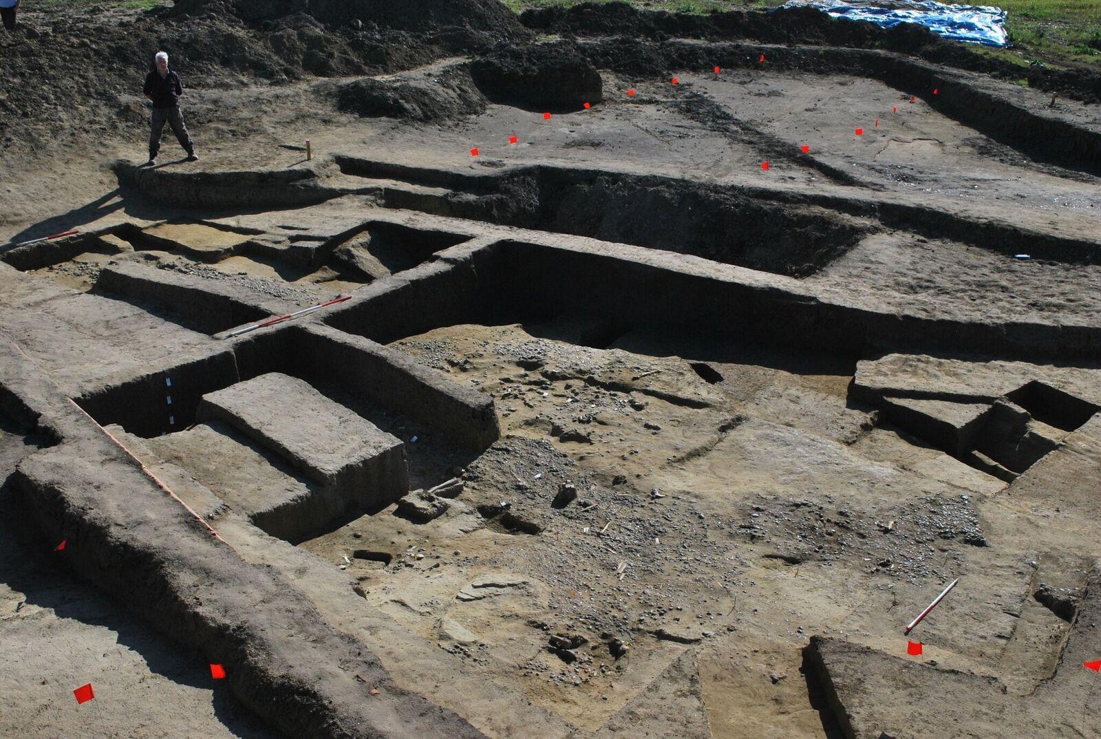 Sítio arqueológico onde foram encontrados artigos arqueológicos do Império Romano (Foto: University of Leicester)