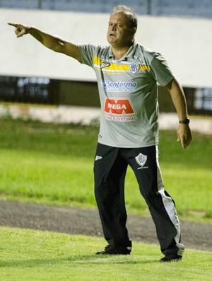 Edson Vieira técnico Rio Branco-SP (Foto: Sanderson Barbarini / Foco no Esporte)