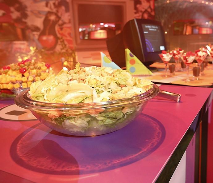 Saladinha de alface para os que querem manter a forma. (Foto: Rafael Dias / Gshow)