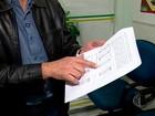 Número de famílias endividadas volta a subir em dezembro, diz CNC