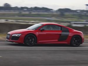 Novo motor V10 5.2 TFSI do Audi R8 Plus produz 550 cv de potência a 8.000 rpm  (Foto: Divulgação)