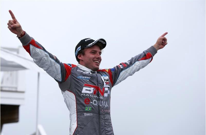 Campeão do Pro Mazda Championship - 2017 (Foto: Divulgação/Promazda.com)