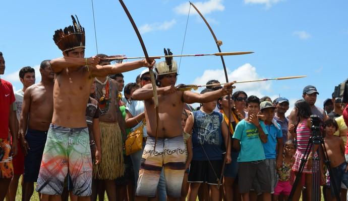 Competição de arco e flecha dos Jogos indígenas da Paraíba (Foto: Larissa Keren / GloboEsporte.com/pb)