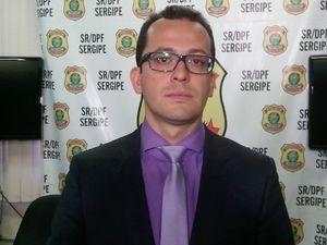 Delegado André Santos detalha operação da PF (Foto: Flavio Antunes/ G1)