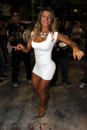 Ana Paula Minerato Nude Photos 24