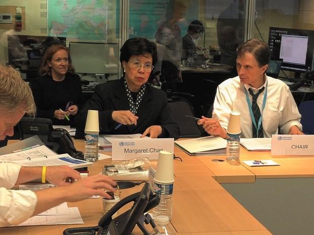 Margaret Chan, diretora-geral da OMS e David Heymann, chefe do Comitê de Emergência para lidar com o vírus da zika e o aumento de casos de síndromes neurológicas  (Foto: Organização Mundial da Saúde/Divulgação)