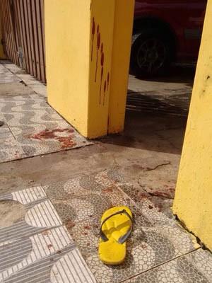 Guarda municipal foi baleado dentro da casa que tinha alugado (Foto: Fábio Pires/TV Tribuna)