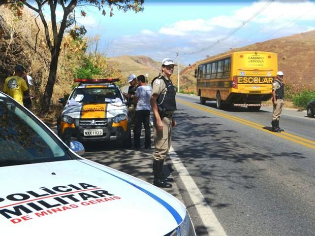 Operação busca reduzir número de ocorrências nas estradas que cortam Valadares (Foto: Divulgação/8ª Cia PM Ind MAT)