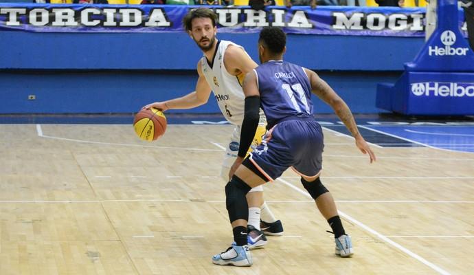Mogi das Cruzes x Liga Sorocabana Campeonato Paulista de basquete (Foto: Cairo Oliveira)