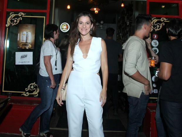 Ingrid Guimarães em festa na Zona Oeste do Rio (Foto: Marcello Sá Barretto/ Ag. News)